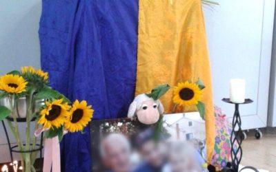 Begräbnis-Kleidung und Trauerfeier nach den eigenen Wünschen